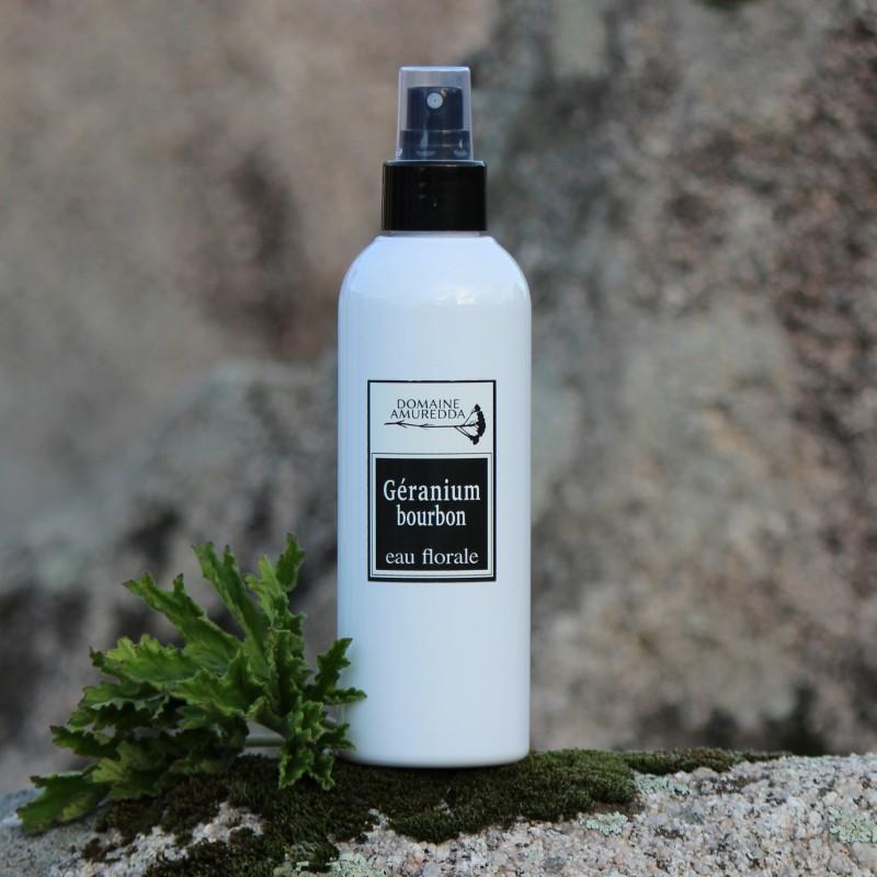 Géranium Bourbon eau florale hydrolat bio corse Domaine Amuredda