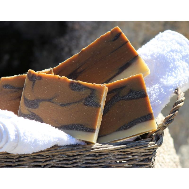 Savon naturel surgras aux ingrédients végétaux BIO  et au miel de Corse AOP
